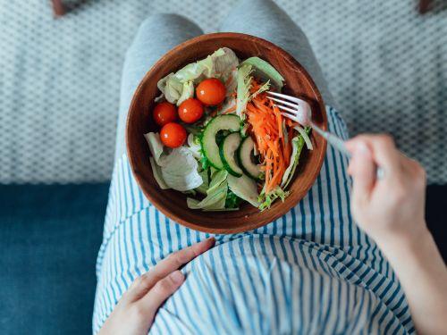 Louwen-Diät: spezielle Ernährung soll die Geburt erleichtern