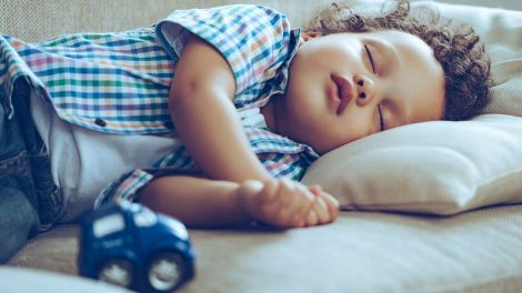 Mittagsschlaf für Kinder: Wie lange?