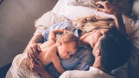Das Einmaleins einer glücklichen Partnerschaft mit Baby
