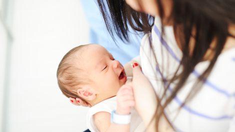 Milchbildung anregen: Zu wenig Muttermilch?