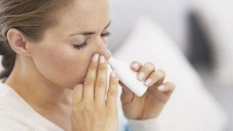 Nasenspray in der Schwangerschaft: Das sollten Sie beachten