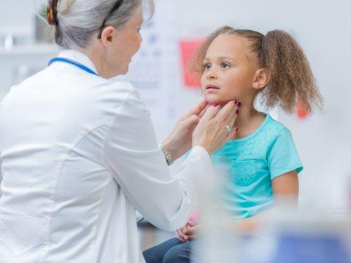 Zuallererst: Der Gang zum Arzt